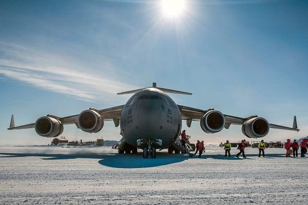 US C17 cargo jet, Antarctica.