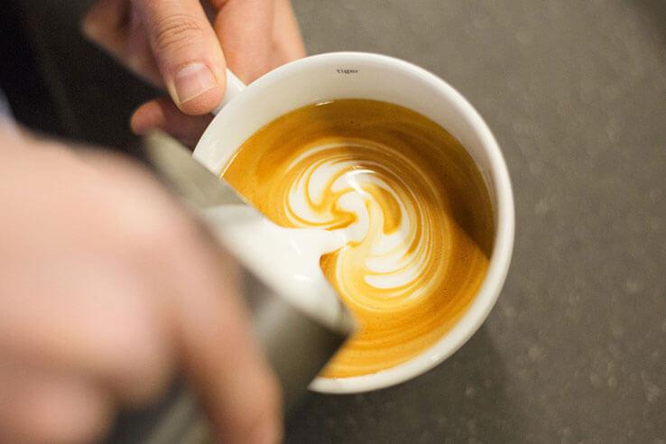 Latte art, Giovane Cafe, Vancouver, Canada.