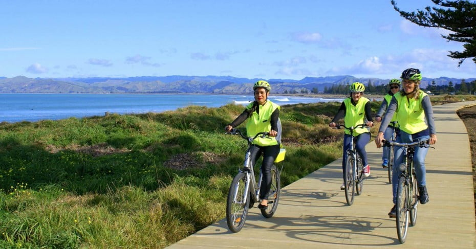 Cyclists on Gisborne cycle tracks.