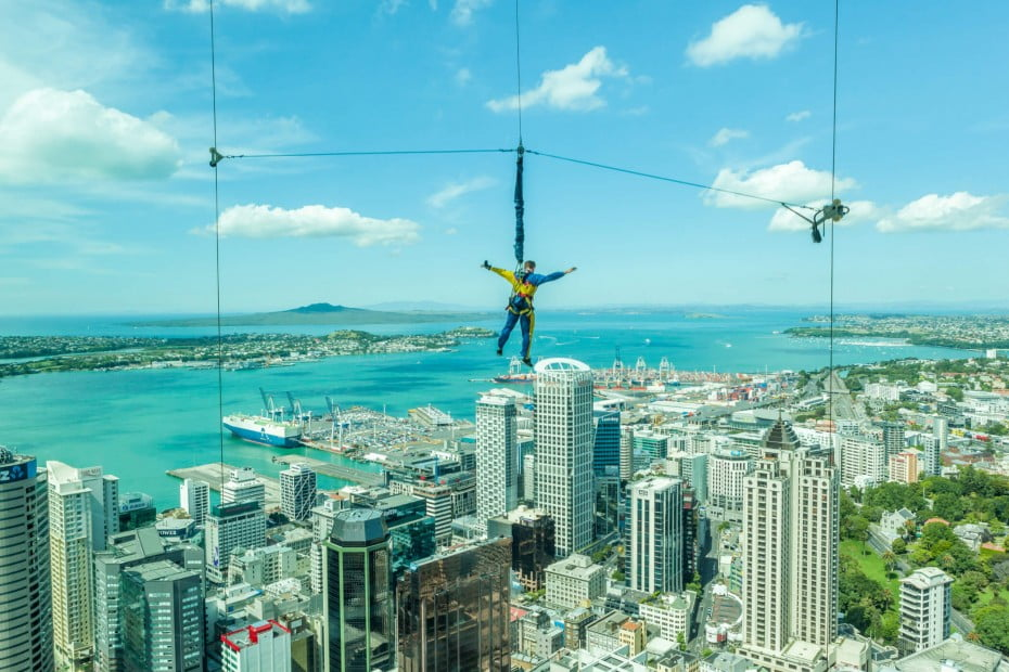 Man bungee jumping from Auckland Sky Tower - it's an unforgettable experience for true daredevils!