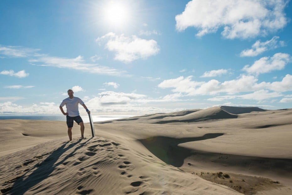 Te Paki Sand Dunes is a 10km long coastal strip of towering sand dunes, reaching heights of up to 150m they appear to be vast stretches of desert.