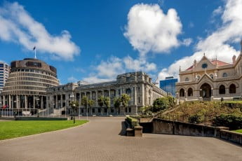 New Zealand Parliament Buildings house the New Zealand Parliament and are on a 45,000 square metre site at the northern end of Lambton Quay, Wellington.