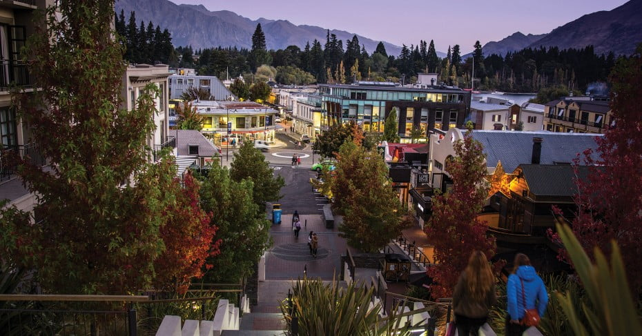 Downtown Queenstown at dusk, Queenstown, New Zealand.