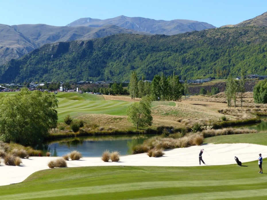 A round of golf at Arrowtown is a real game of two halves. The first nine has a totally different look and feel to the back nine ensuring a memorable golfing experience.