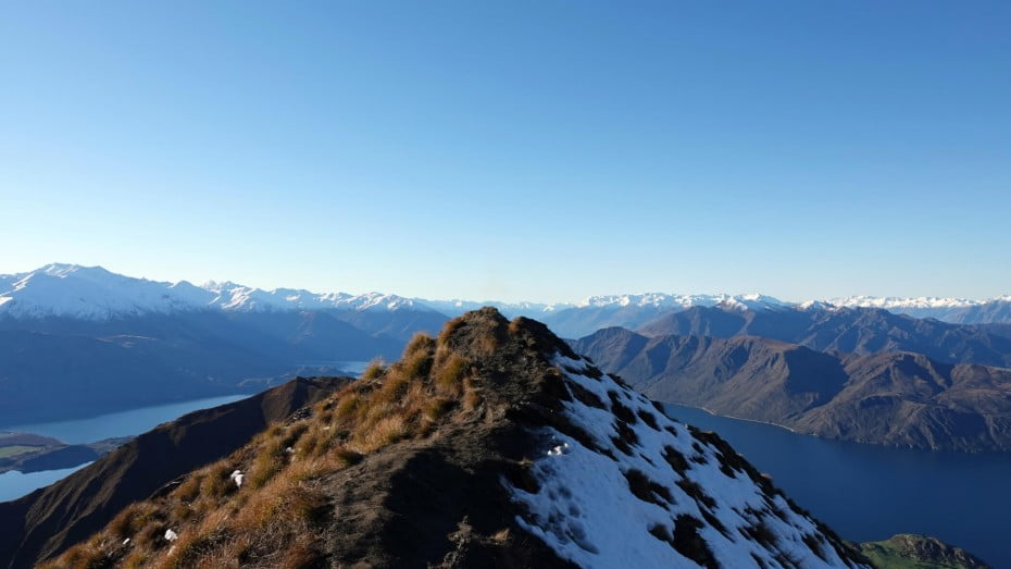 Nothing can prepare you for the breath-taking moment you step on Roys Peak and look out across the expansive exquisiteness of the South Island