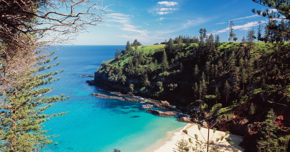 Search and Book Flights to Norfolk Island