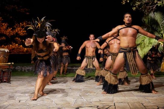 Tahitian group dancing