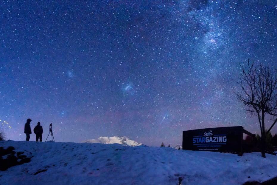 queestown-snow-stargazing-credit-skyline-queenstown-1200x800