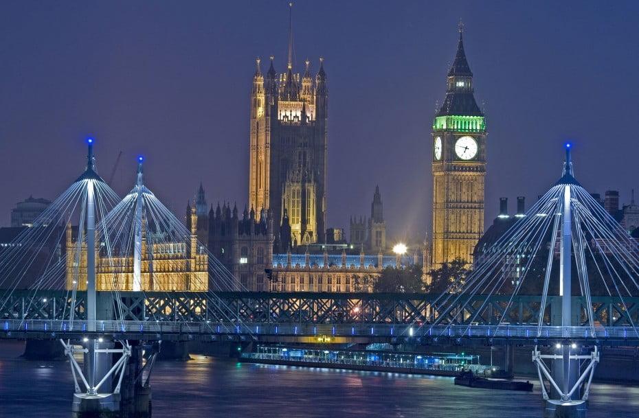 Parliament at night, London, United Kingdom.