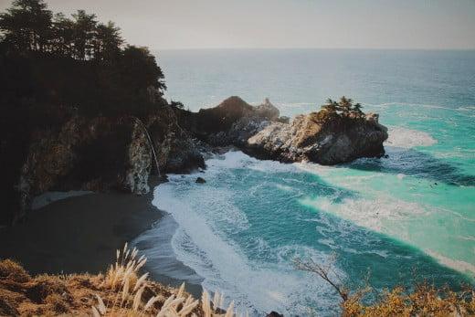 McWay Falls, Big Sur, California, United States.