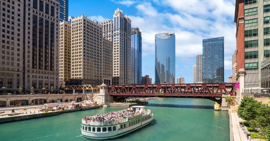 Boat cruise, Chicago, United States.