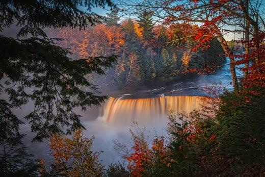 Tahquamenon Falls State Park, Michigan, United States.