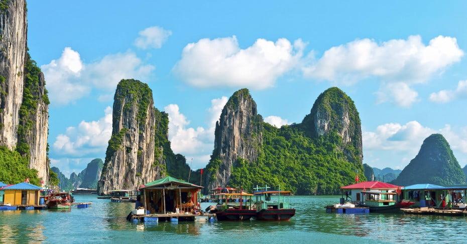 Floating village and Rock Islands, Halong Bay, Vietnam.