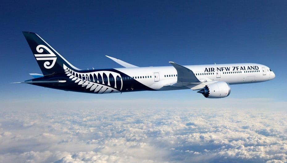 media-release-787-10-dreamliners-2100x12