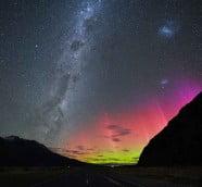 粉紅南極光