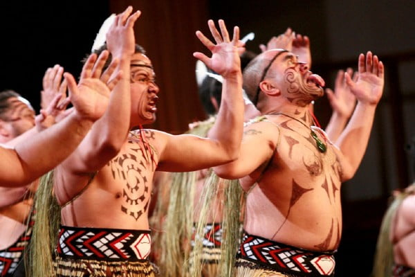 マオリ族の伝統舞踊ハカショー