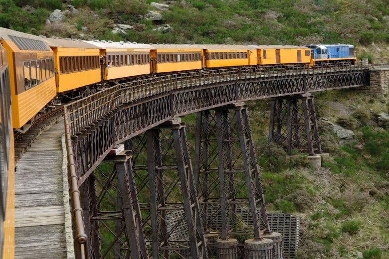 文化も自然も満喫、ダニーデン(Dunedin)へ - タイエリ峡谷鉄道