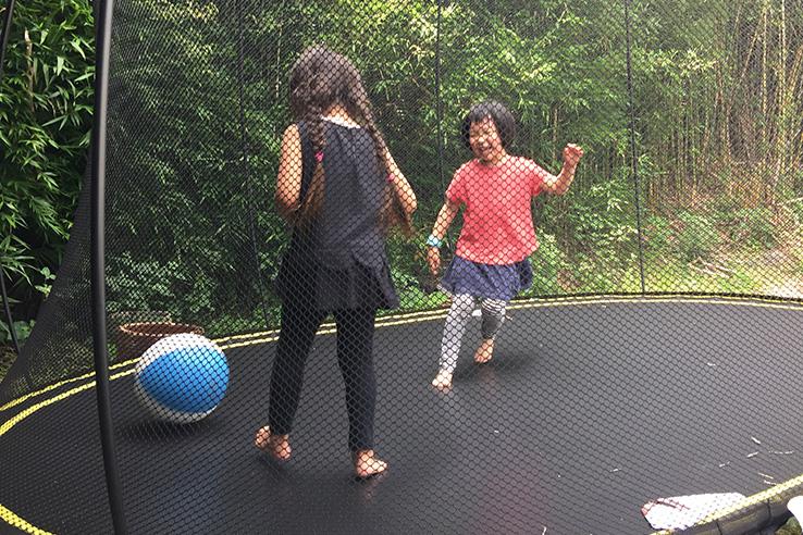 ニュージーランドで親子旅行 - 宿泊先で国際交流
