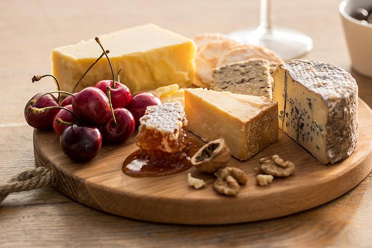 酪農大国で楽しむ「チーズ」