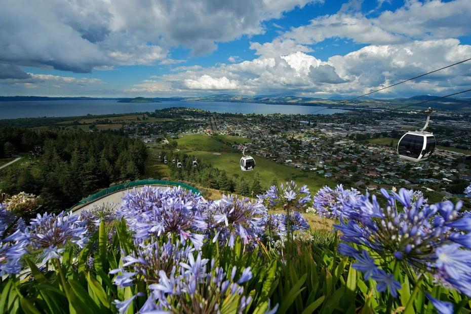 マオリ伝統が息づくロトルア(Rotorua)の旅 - スカイライン