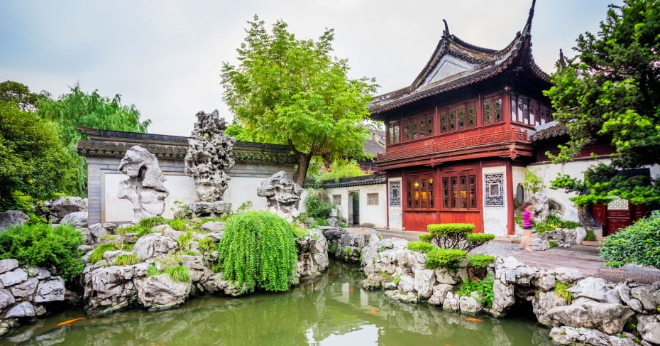 Yuyuan Garden, Shanghai, China.